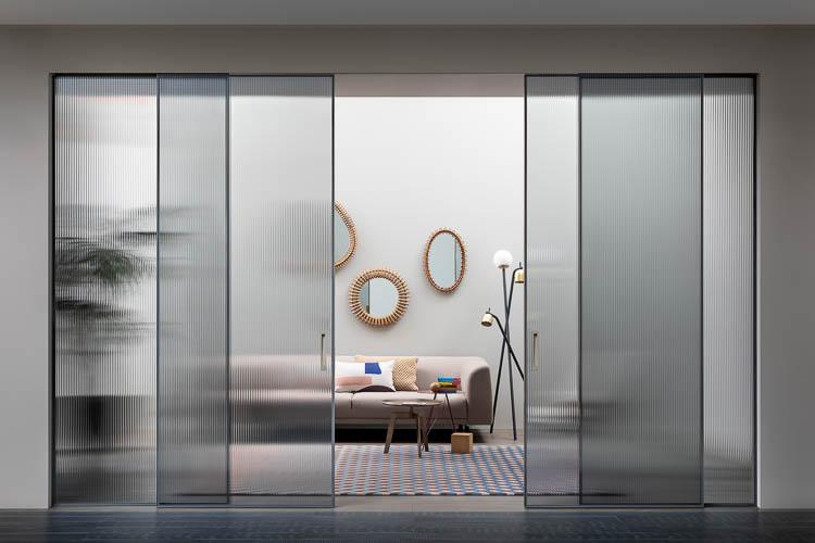 Glasschiebetür und Raumteiler mit 4 Elementen